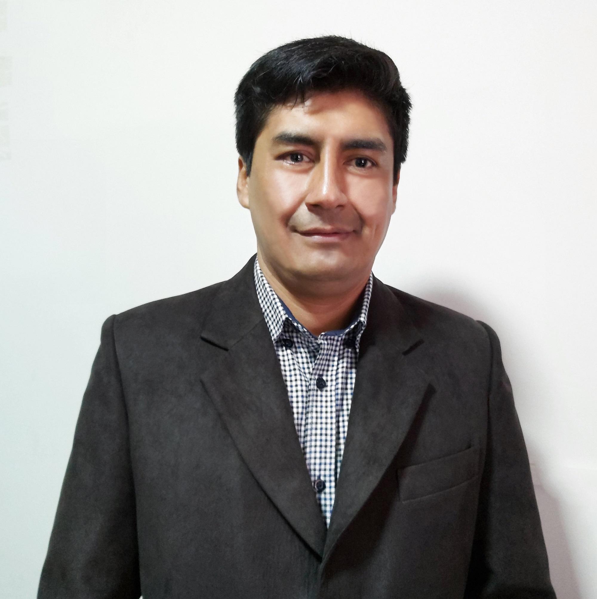 Lic. Andrés Cuevas Ordoñez