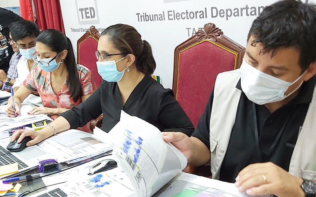 FINALIZÓ EL CÓMPUTO DE ACTAS DE LOS MUNICIPIOS DE BERMEJO Y PADCAYA